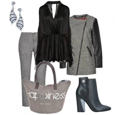 Outfit Serata in grigio e nero