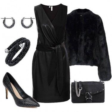 Outfit Pelle e borchie