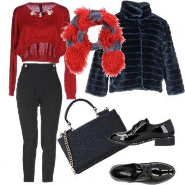 Outfit Pantalone a vita alta e crop top in lana