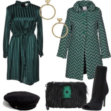 Outfit In verde per l\'ufficio