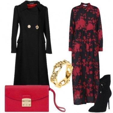 Outfit Il vestito con i fiori rossi