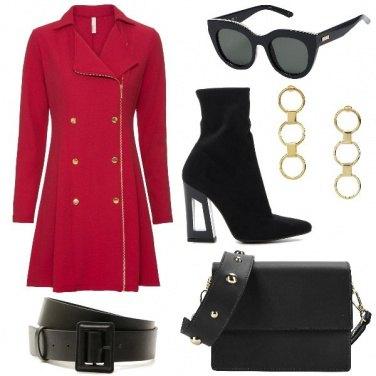 Outfit L\' abito blazer di tendenza