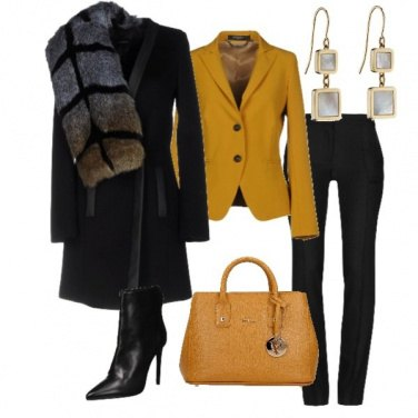 Outfit Elegante senape