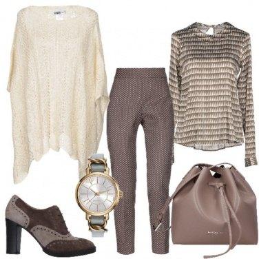 Outfit La cappa avorio in maglia