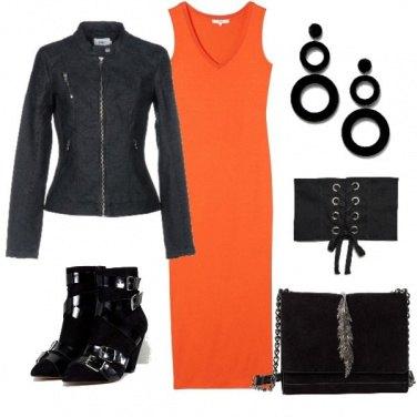 a1b18cd60eee Riutilizzo il vestito estivo  outfit donna Rock per tutti i giorni ...