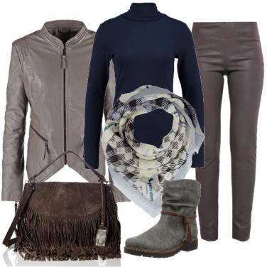 Outfit Grigio rock