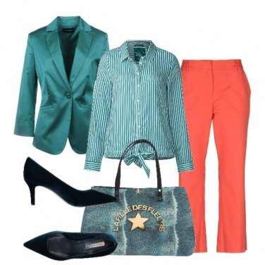 Outfit Verde a strisce