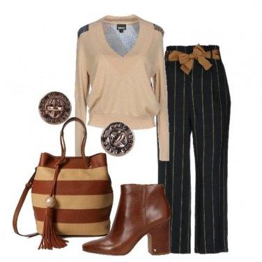 Outfit Colori caldi e tante righe