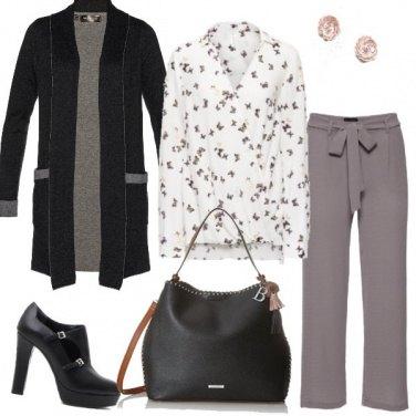 Outfit Grigio nero e ...Farfalle