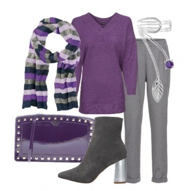 Outfit Le righe incontrano il viola e il grigio