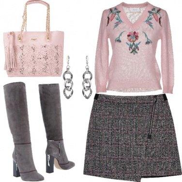 Outfit Rosa e grigio, sempre chic