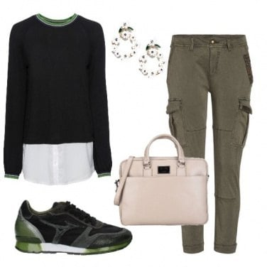 Outfit Accenni di verde