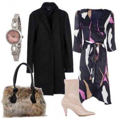 Outfit Stivaletto e fur bag
