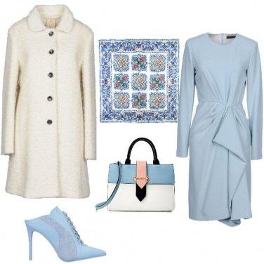 Outfit Elegante in bianco e azzurro
