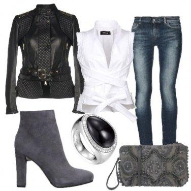 Outfit Denim Grey black&white