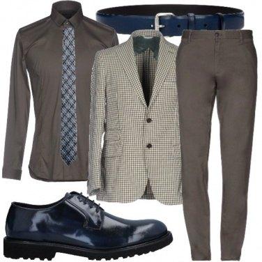 Outfit Quasi militare