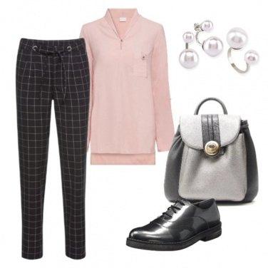 Outfit Classica con semplicità