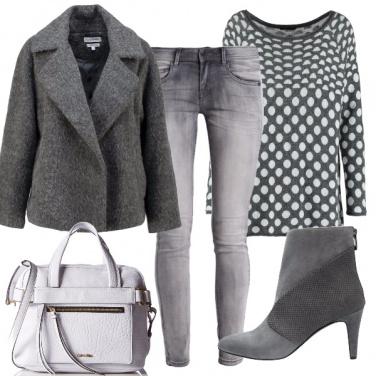 Outfit Dal grigio al ghiaccio