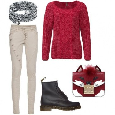 Outfit Beige e rosso