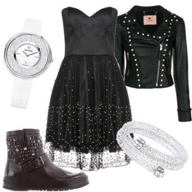 Outfit Total Black per una serata con le amiche