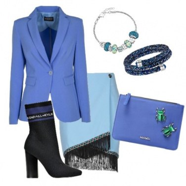 Outfit Riunione in blu