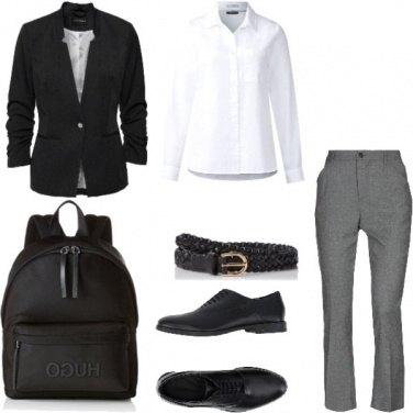 Outfit Basic, comoda per il lavoro