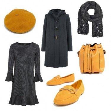 Outfit Grigio e giallo in città