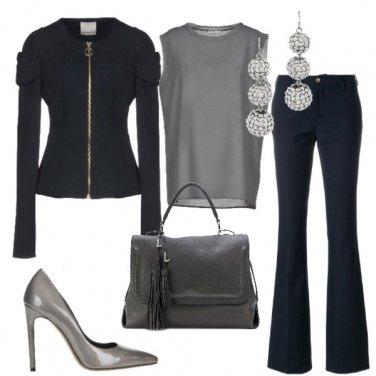 Outfit Grigio e blu scuro
