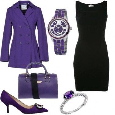 Outfit Tubino nero e viola il resto