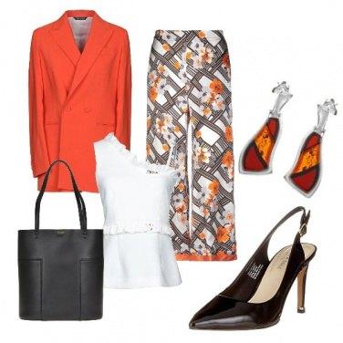Outfit Arancio per colorare le giornate