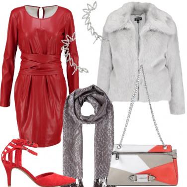 Outfit Capodanno in rosso sensual