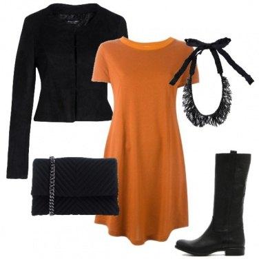 Outfit Il vestito ocra