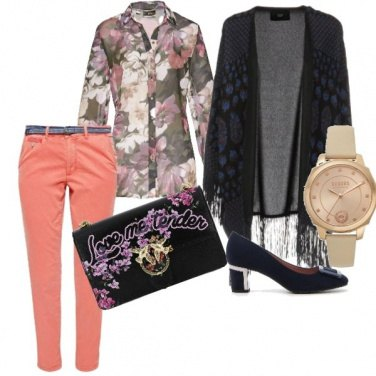 Outfit Flowers, mantella style
