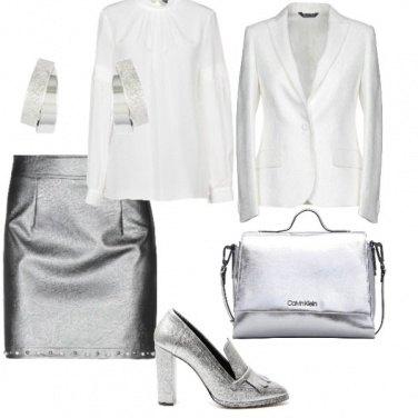 Outfit Grigio metallizzato