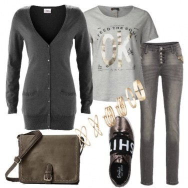 Outfit Cardigan taglio lungo e jeans