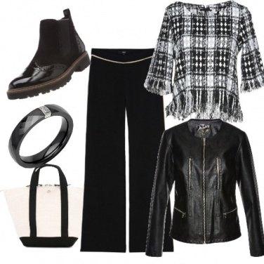 Outfit Tartan in bianco e nero