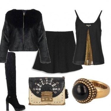 Outfit Minigonna e stivale alto