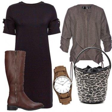 Outfit Marrone e nero