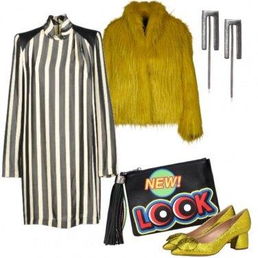 Outfit Giallo divertente