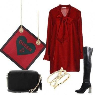 Outfit Vestito in velluto rosso