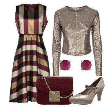 Outfit Oro e bordeaux