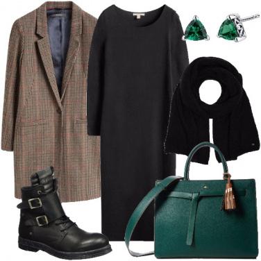 Outfit Verde negli accessori