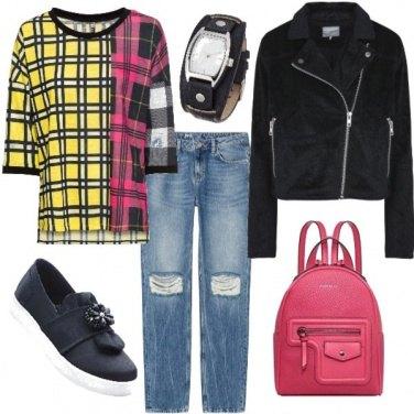 Outfit Maglia fuxia e gialla