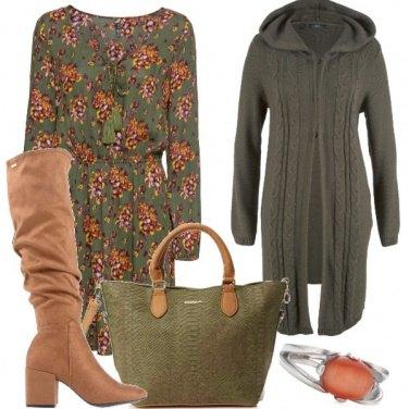 Outfit Vestitino e stivali