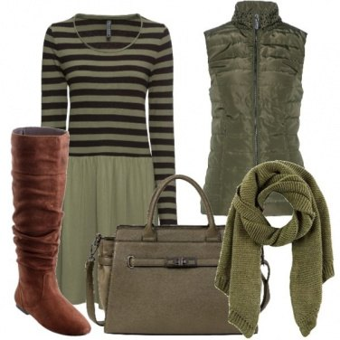 Outfit Sui toni del verde bosco