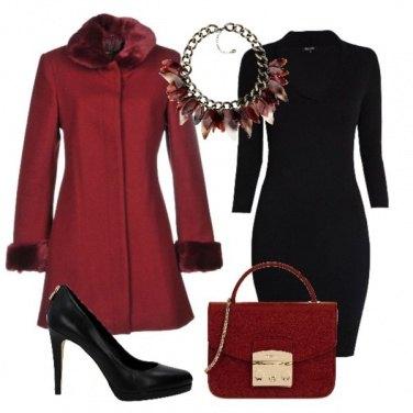 Outfit Il cappotto rosso scuro