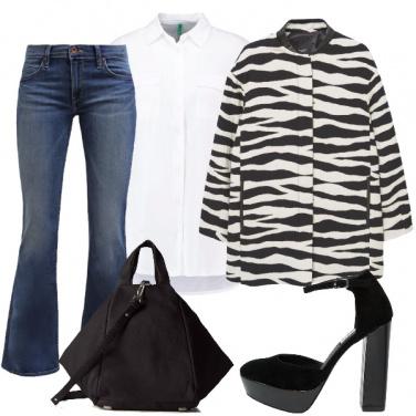 Outfit Camicia bianca in versione trendy