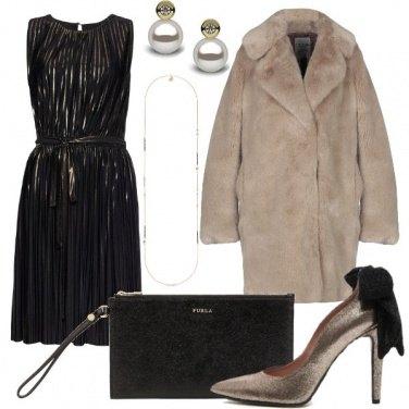 Outfit Le décolleté col fiocco