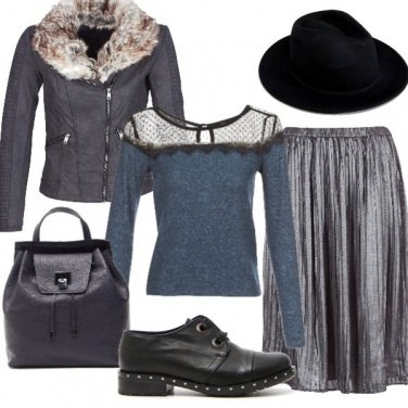 Outfit Argento sulla gonna