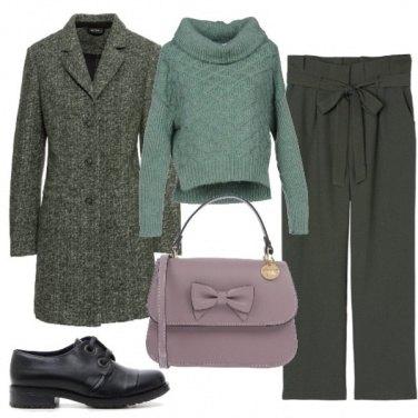 Outfit Stringate e borsa con il fiocco